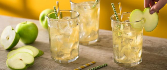 A Refreshing and Healthy Apple Lemonade